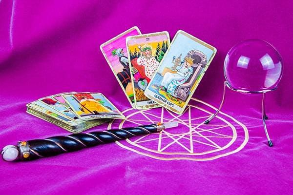 Tarot 3 korttia