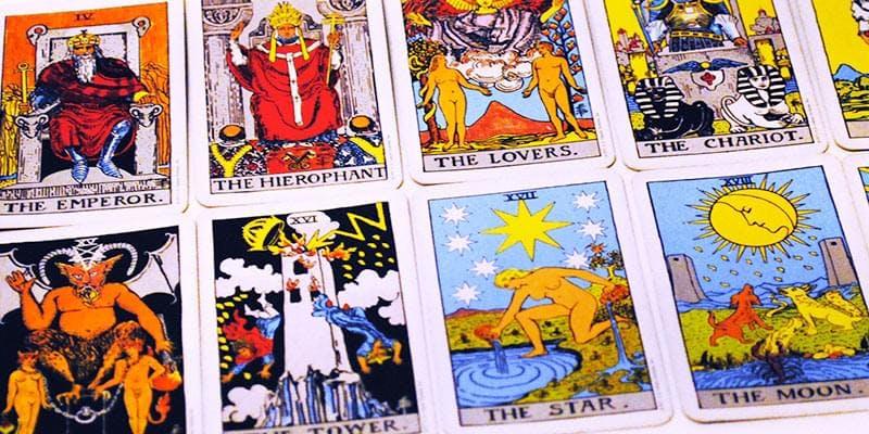 Tarot 3 korttia - Astro.fi